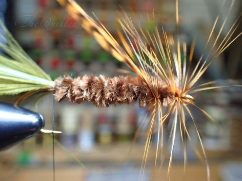Put those hackle wraps right into the ruts from the thread.