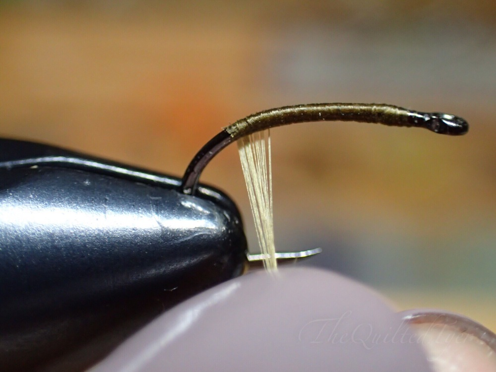 Flat thread is great for splitting, and as you can see here with a little untwisting it starts to flatten out.