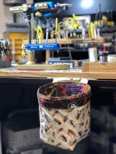 Unweighted to fit under the fly tying desktop. Photo credit: Svend